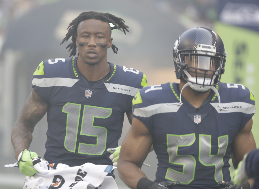 Seattle Seahawks  receiver Brandon Marshall (15) is looking to bounce back  from a 9c2d64796