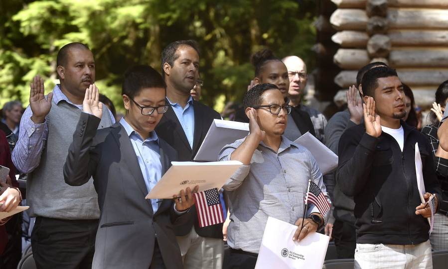 Newest United States citizens have ceremony - Columbian com