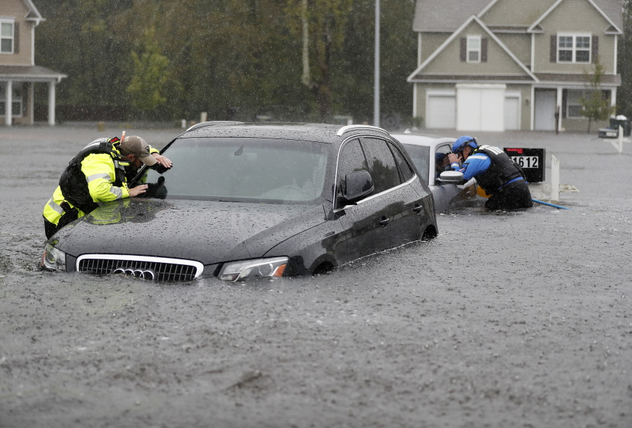 Flooding Fears Surge As Rivers Rise Wilmington N C Cut