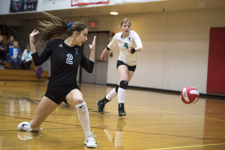 Prairie Volleyball Learns It S Fun To Be No 1 Tops Mountain View Columbian Com