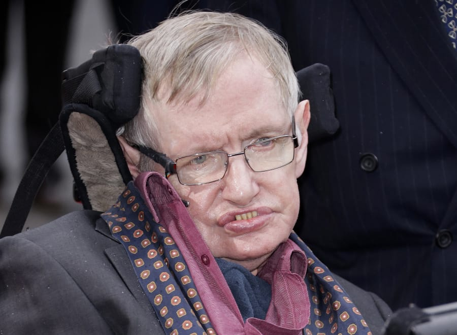 Stephen Hawking feared race of 'superhumans' able to manipulate