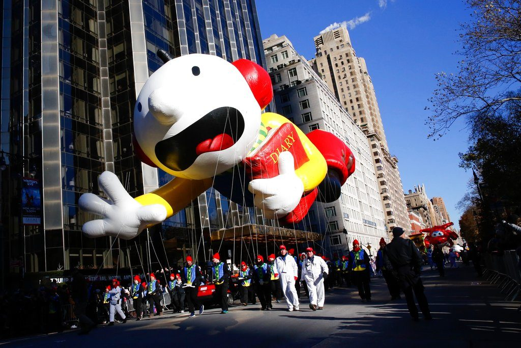 Despite Cold Balloons Fly At Macys Thanksgiving Day Parade The