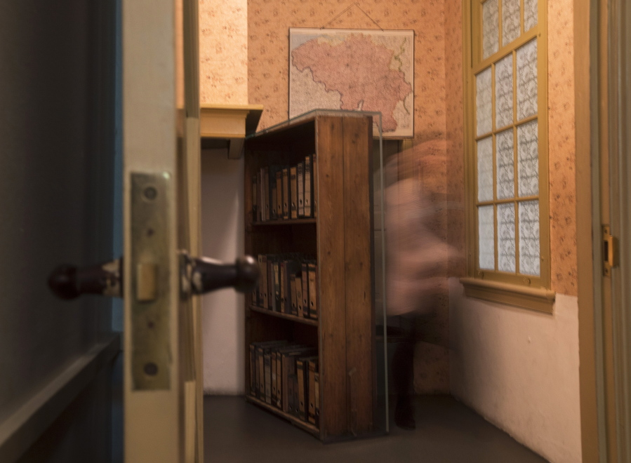 Anne Frank House Renovated For New Audience The Columbian