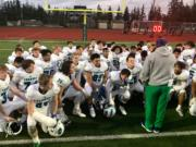 Mountain View head coach Adam Mathieson addresses his team moments after a 24-7 loss to O'Dea in the 3A state semifinals at Skyline High School on Saturday, Nov. 24, 2018.