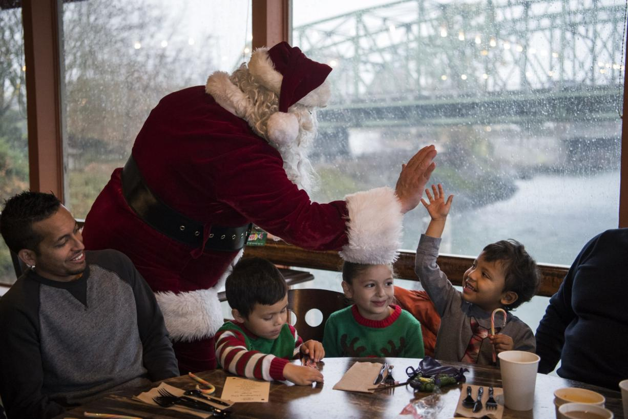 Free Christmas Dinner Near Me.Restaurants In Vancouver Offer Free Christmas Meals Columbian Com
