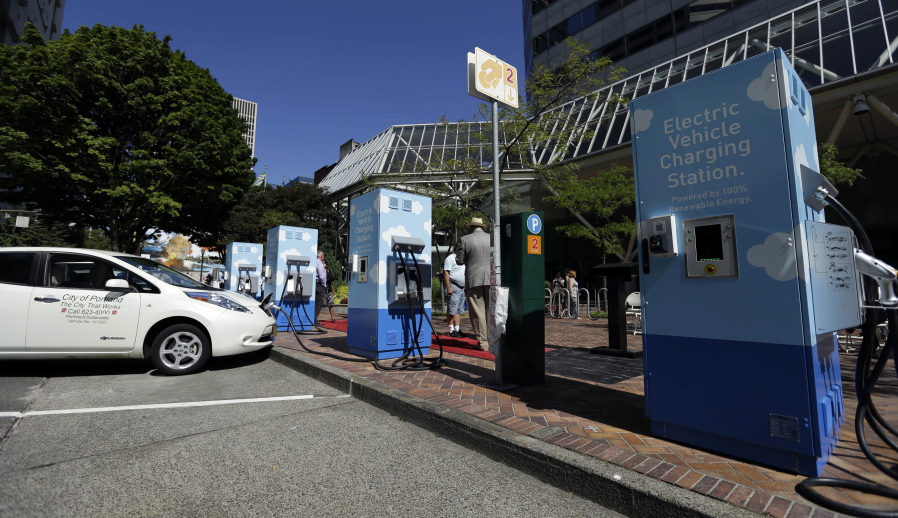 More Electric Vehicle Charging Stations Coming To Portland In 2019 The Columbian