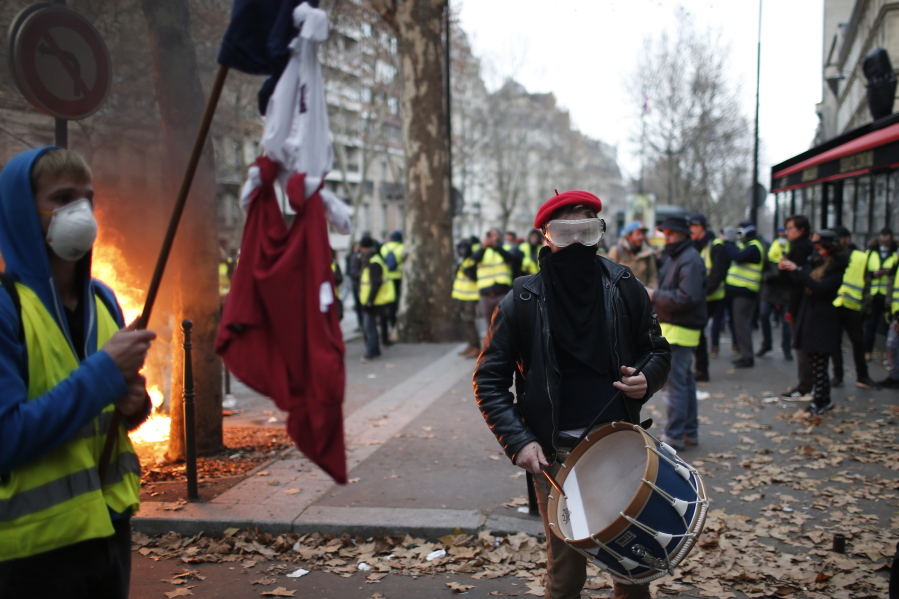 Macron to break silence, address French nation amid protests | The
