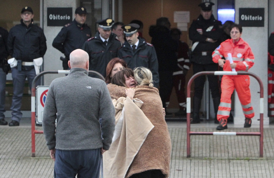 Six Dead After Stampede At Italy Club The Columbian