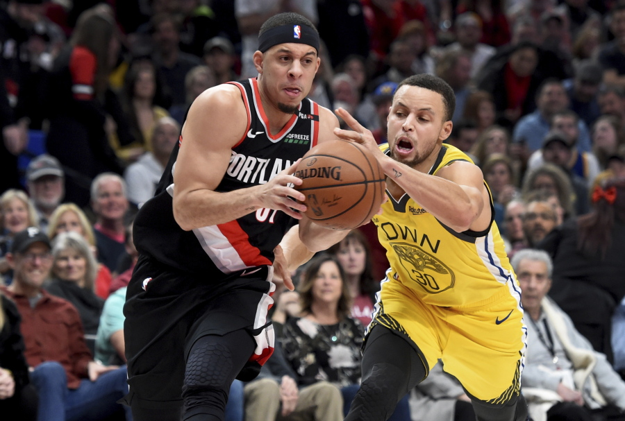 ca87a313e458 Blazers  Seth takes on Warriors  Steph in 3-point event