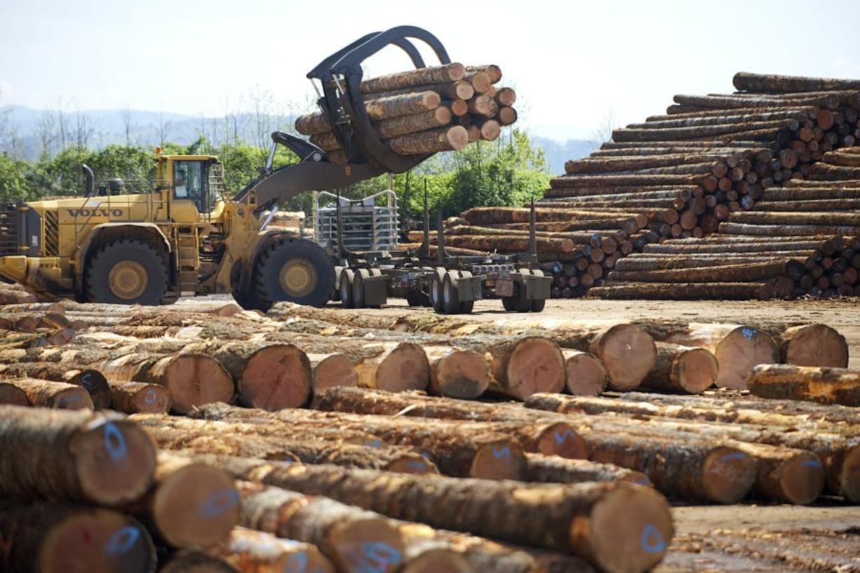 Pacific Northwest timber industry: As prices slide, job