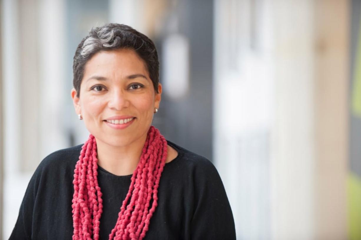 Claudia Castro Luna, Washington's poet laureate