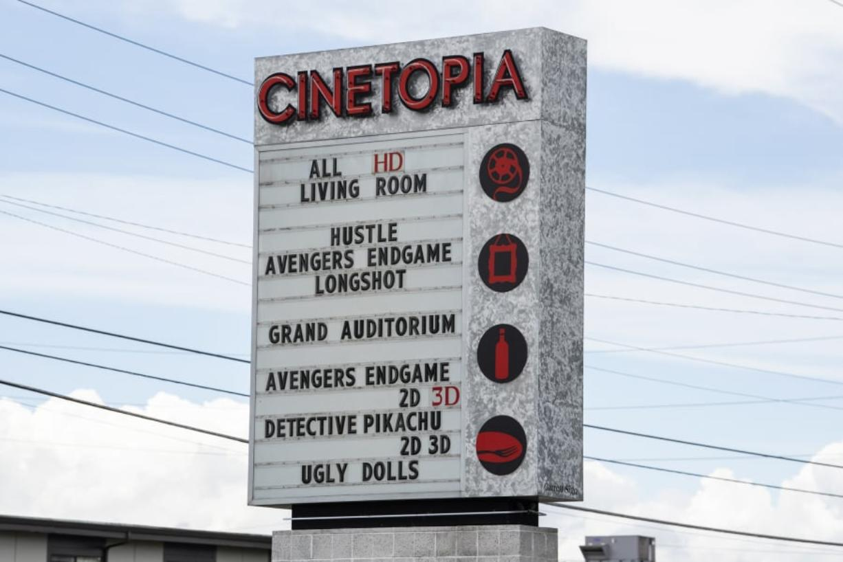 It's official: Cinetopia bought by AMC - Columbian com