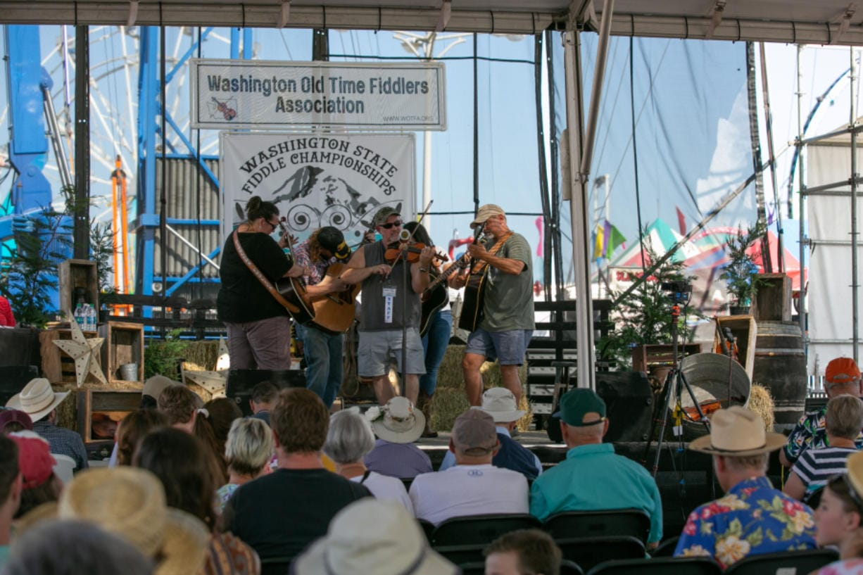 Fiddle competition 'just an excuse to get together' - Columbian com