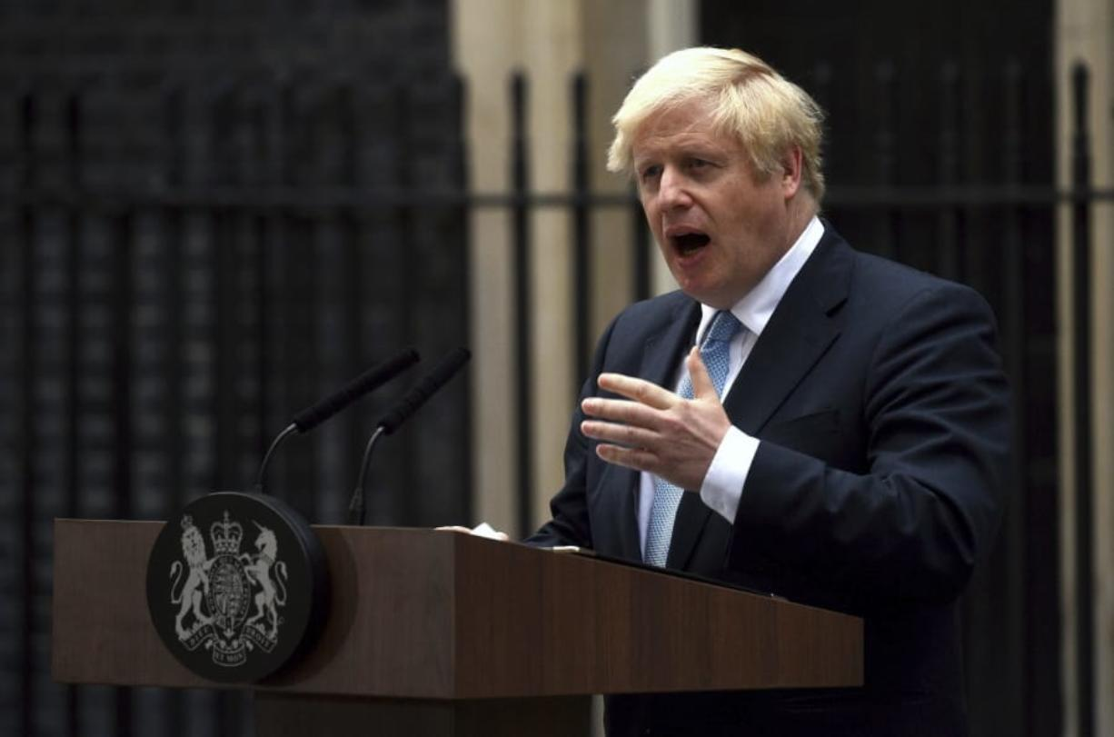 Johnson tells lawmakers: Back my Brexit plan
