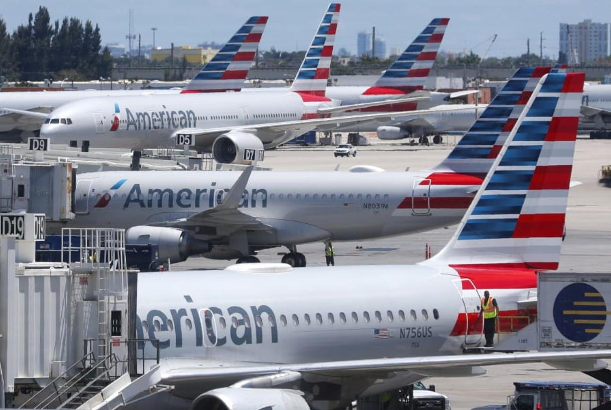 American Airlines: Mechanic accused of trying to sabotage flight in Miami