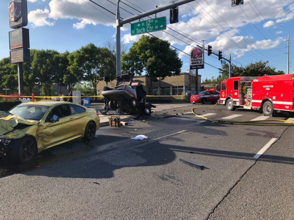 One dead after car crash on 164th Avenue - Columbian com