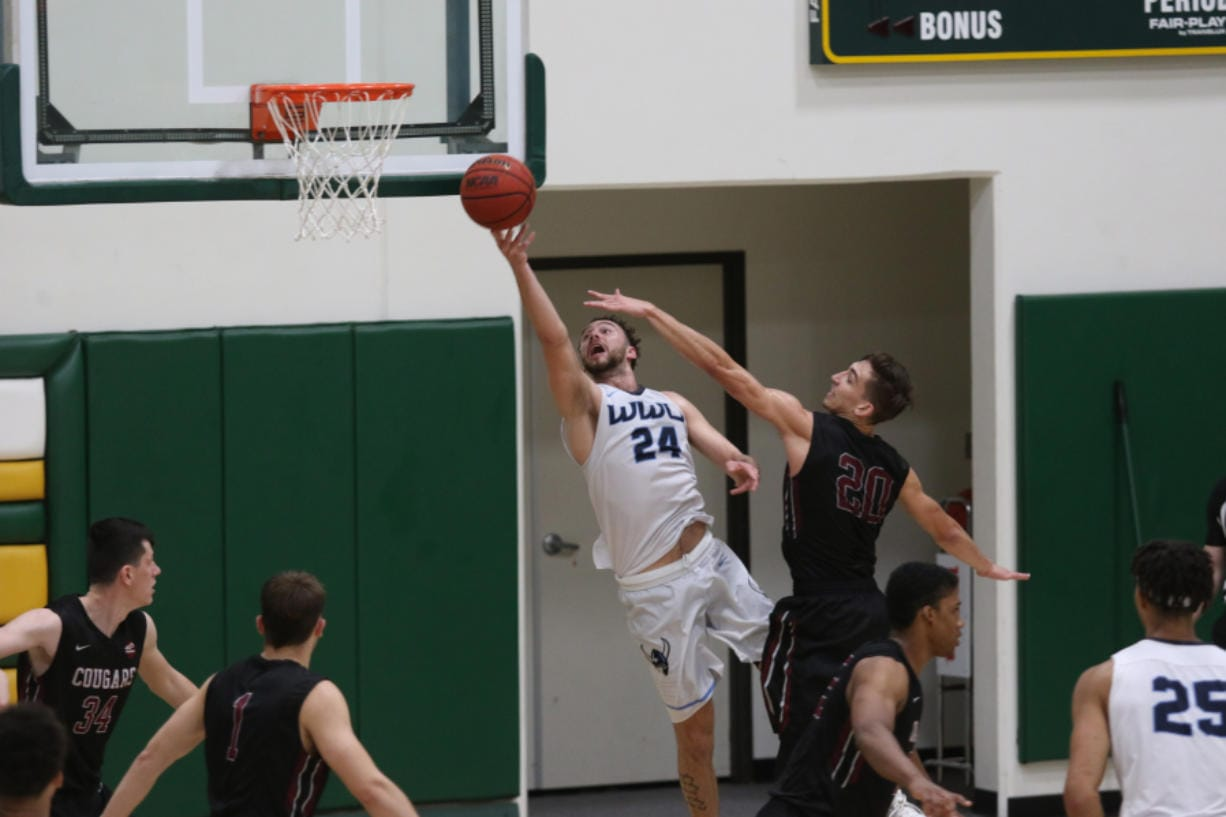 Western Washington's Trevor Jasinsky (24)  was named Great Northwest Athletic Conference player of the week for Nov. 11-18. The senior from Camas averaged 26.0 points per game over three games. (Courtesy of Jeff Evans/Western Washington University)