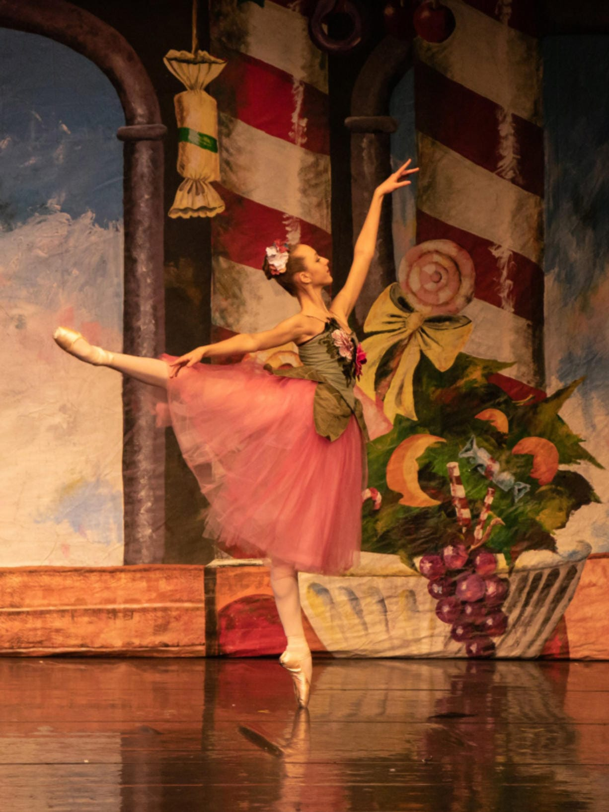 """A scene from Northwest Classical Ballet's 2018 production of """"The Nutcracker."""" (Gerard Regot/Northwest Classical Ballet)"""