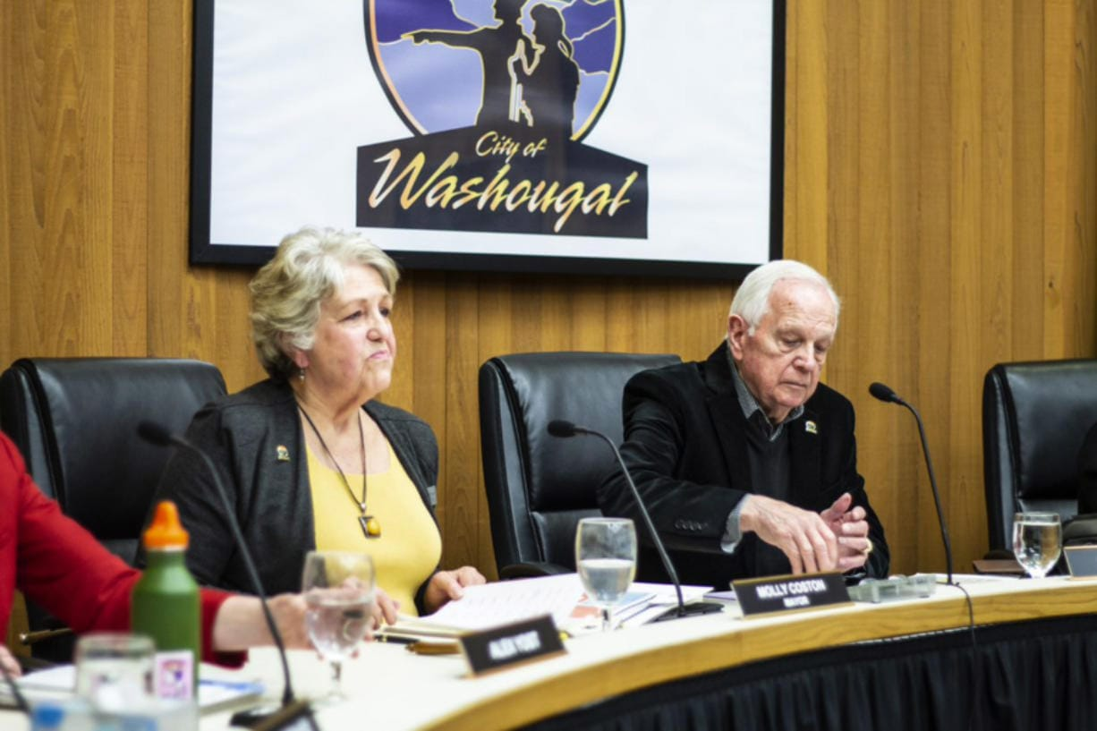 Washougal Mayor Molly Coston and City Councilor Ray Kutch, who was appointed Mayor Pro Tem, watch a City Council meeting Monday. (Photo courtesy of City of Washougal)