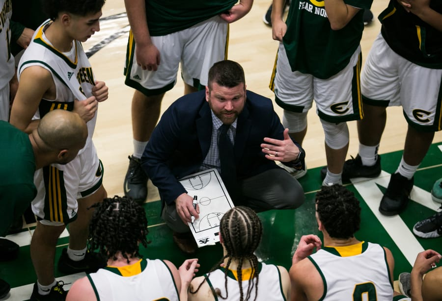 Evergreen boys basketball head coach Brett Henry talks to his players in the final minutes of a game against Prairie at Evergreen High School, Friday, January 24, 2020. Evergreen went on to defeat Prairie 63-57. (Roberto Rodriguez / for The Columbian)