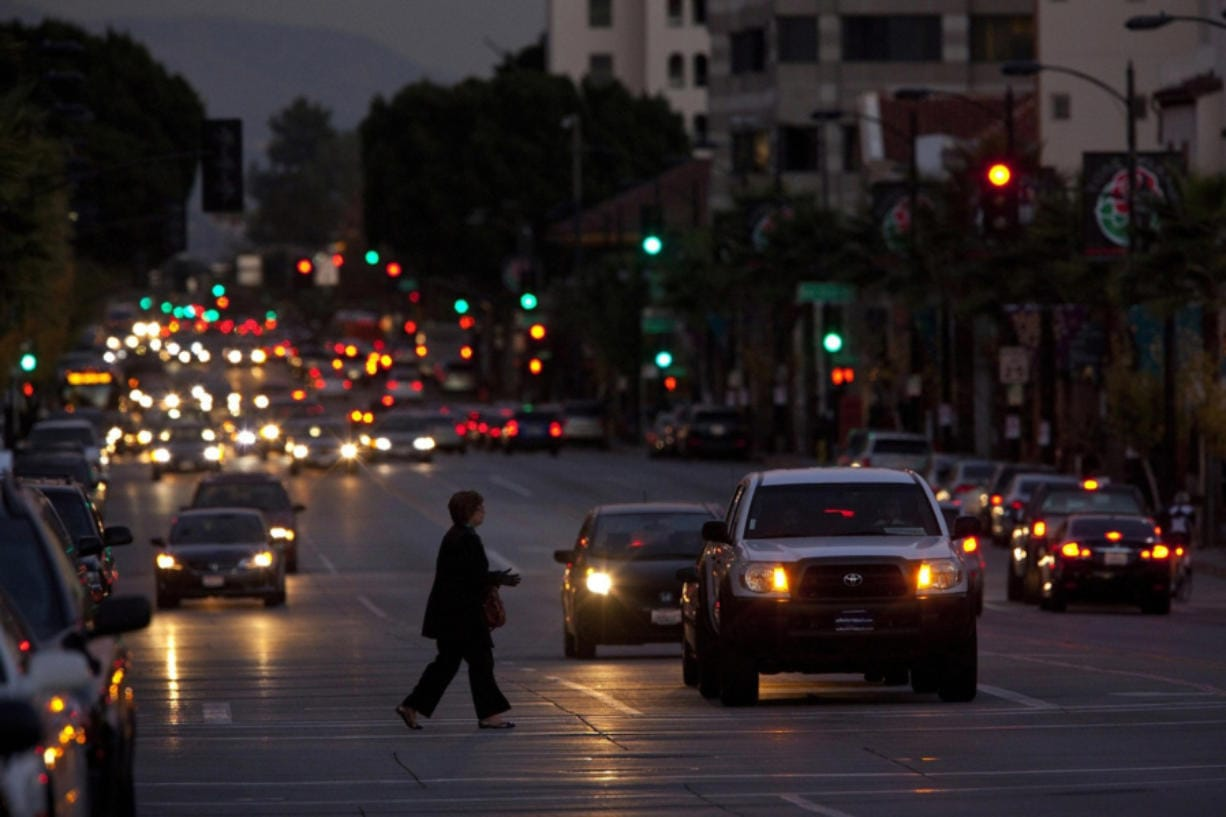 Pedestrian death rates are soaring nationally. The insurance industry says better headlights would help. (Liz O. Baylen/Los Angeles Times)