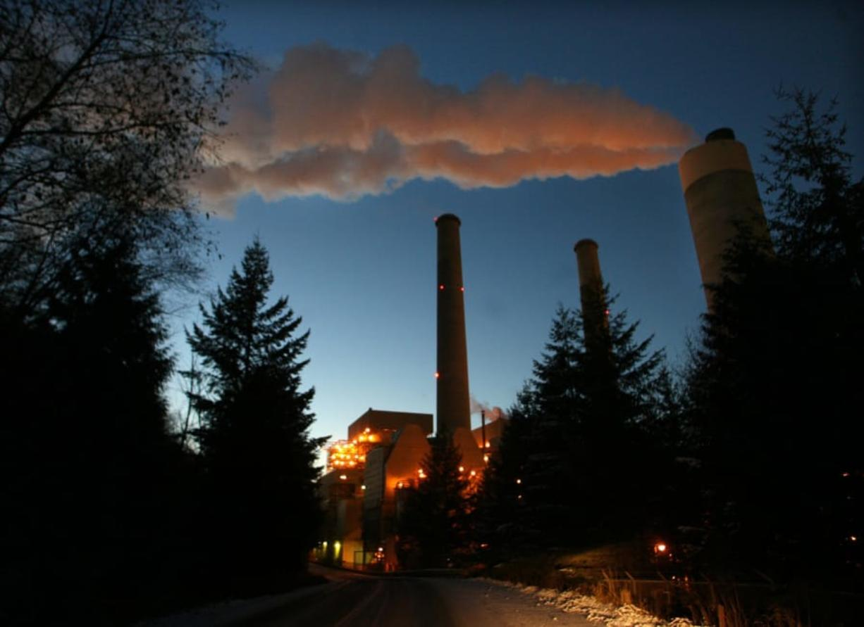 The TransAlta coal plant in Centralia will fully close down by 2025, as part of an agreement that will see $55 million invested to help the community prepare for the transition. (Steve Ringman/The Seattle Times/TNS)