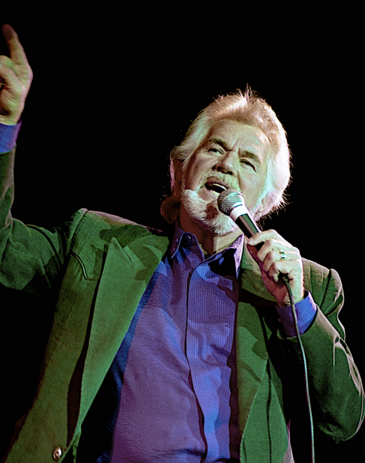 Kenny Rogers performs June 19, 2015, during the 50th anniversary show from the studios of Voice of America in Washington, D.C.