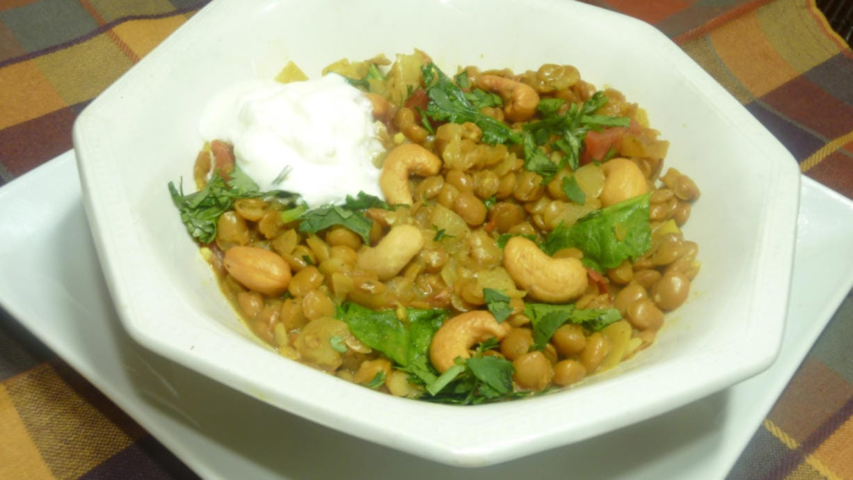 Lentil Curry and Cashews (Linda Gassenheimer/TNS)