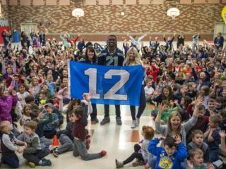 Seahawks visit York Elementary