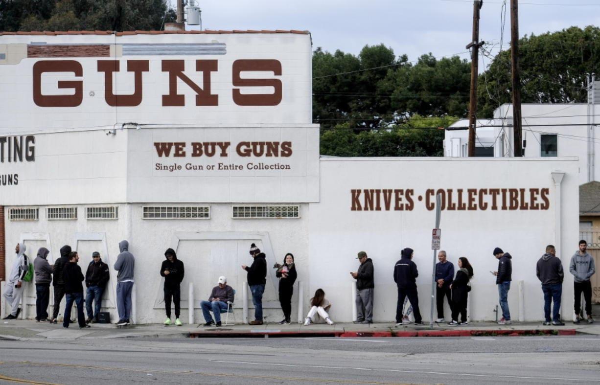 Trump Virus Guidance on Keeping Gun Stores Open Draws Criticism