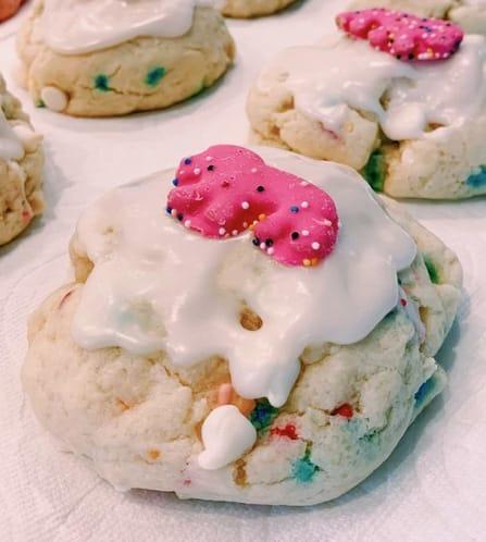 Sammi Hampton's famous Funfetti cookie creation. It has animal crackers, white chocolate, sprinkles, vanilla glaze and an animal cookie on top. (Image from sammiscookieco.com)