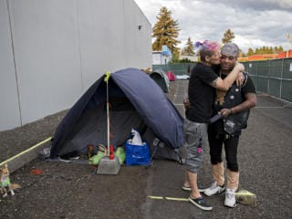 Living Hope Church helps homeless during COVID-19