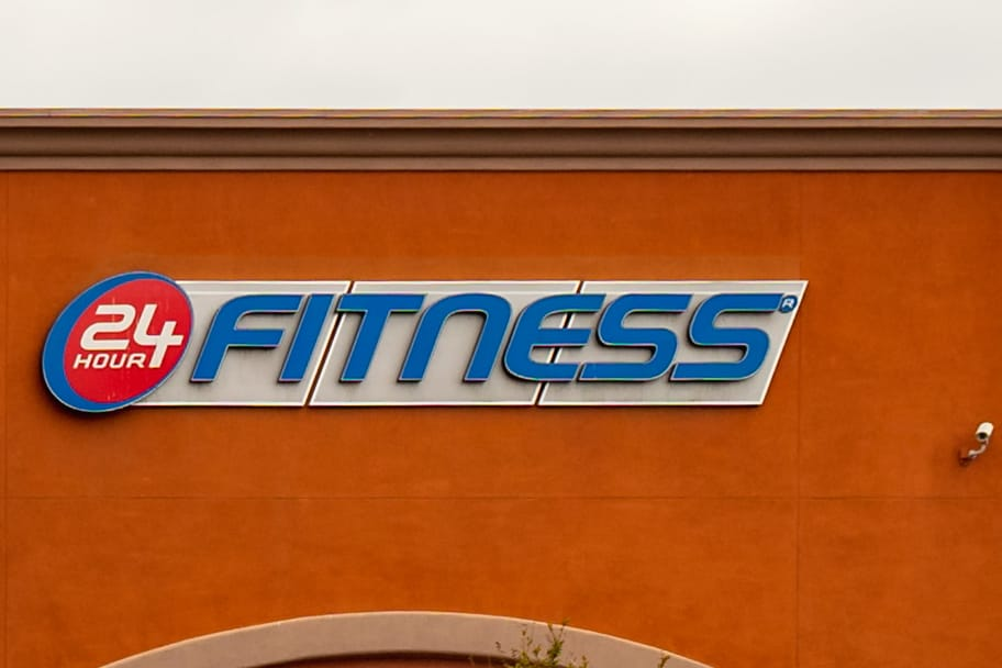 Hour Fitness files for bankruptcy, closing North Academy location