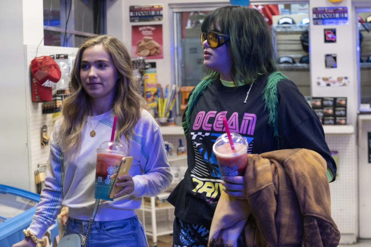 """Haley Lu Richardson as Veronica and Barbie Ferreira as Bailey in """"Unpregnant."""" (Ursula Coyote/HBO Max)"""