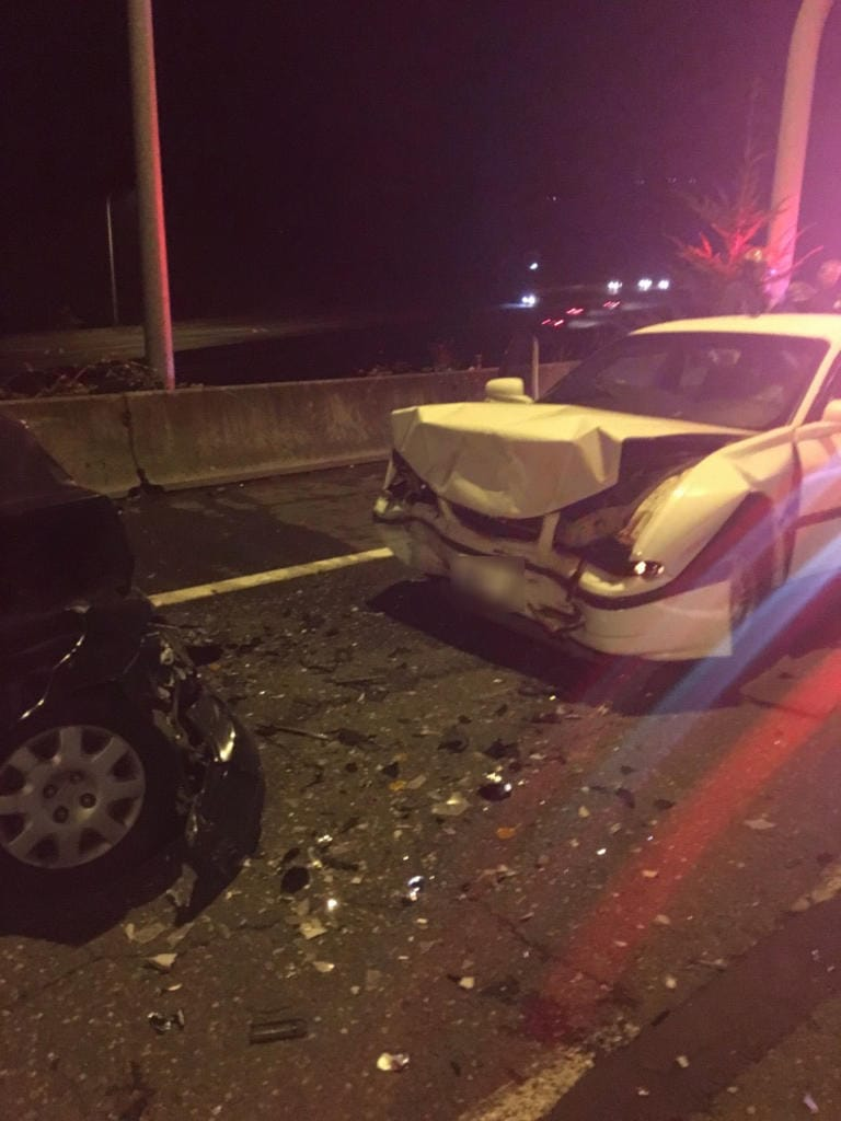Vancouver police are investigating a head-on crash involving a suspected intoxicated driver Tuesday night in the West Minnehaha neighborhood. The suspect sustained a life-threatening injury.