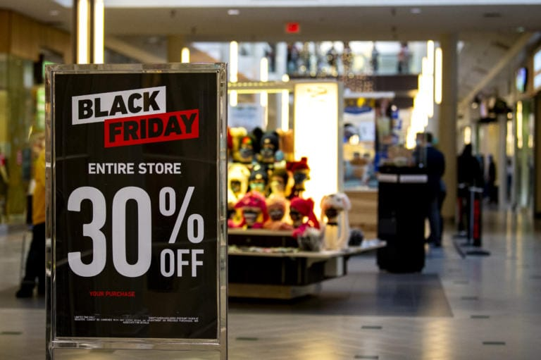 Forever 21 advertises 30 percent off in store on Friday, November 27, 2020, at the Vancouver Mall.