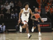 Oregon State's Ethan Thompson (5) returns after a solid junior season where he averaged 14.8 points, 4.2 rebounds and 4.5 assists.