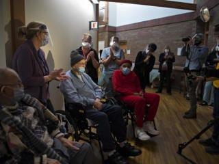 Veterans get COVID-19 vaccines in Clark County