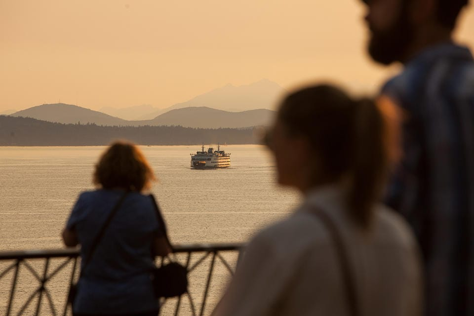 s part of a push for greater environmental standards, Gov. Jay Inslee's proposed budget would further electrify Washington's ferry fleet. The Democratic governor is also proposing new restrictions on carbon emissions.