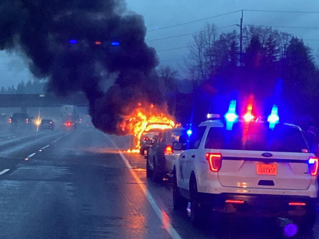 A man set himself and his car on fire in Interstate 5 near Kelso on Thursday morning.