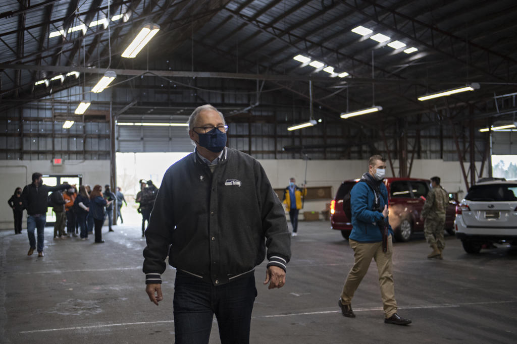 Gov. Jay Inslee prepares to depart after visiting the COVID-19 mass vaccination site at the Clark County Fairgrounds on Thursday morning, January 28, 2021.