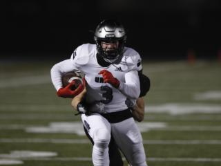 Union tops Camas 17-9 in season-opening rivalry game