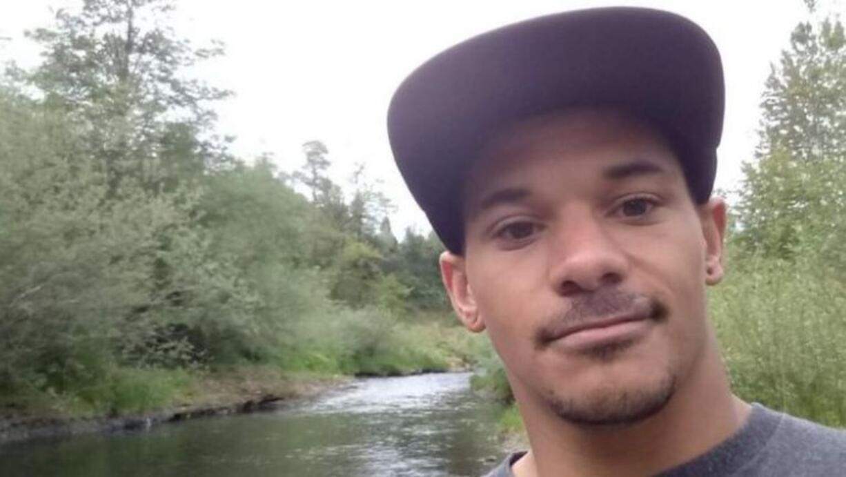 Family members confirmed that Clark County Sheriff's Office deputies had shot Jenoah Donald, 30.