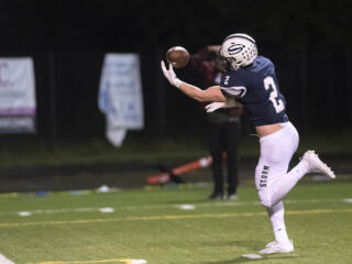 Skyview football cruises past Evergreen in 49-7 victory