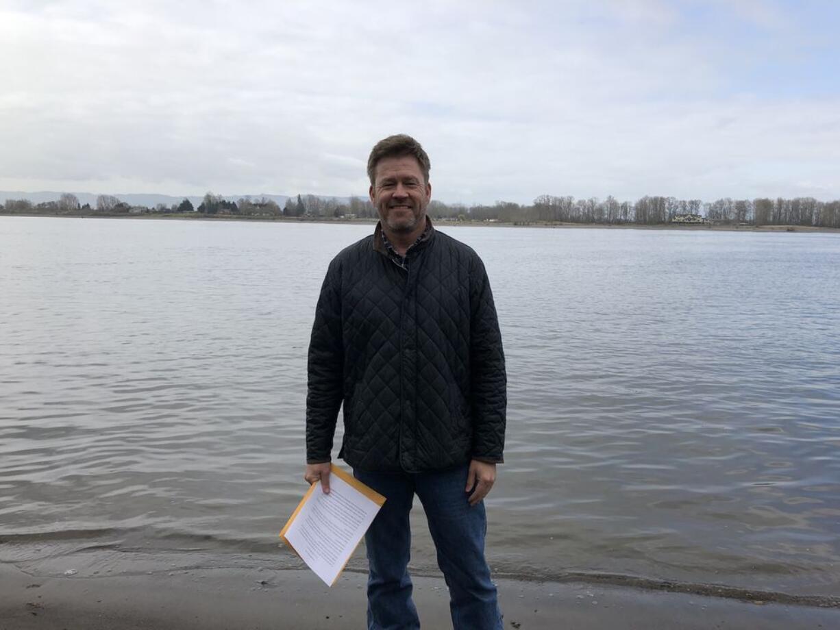 Eric Ulis, a dedicated D.B. Cooper case researcher, on Tena Bar.