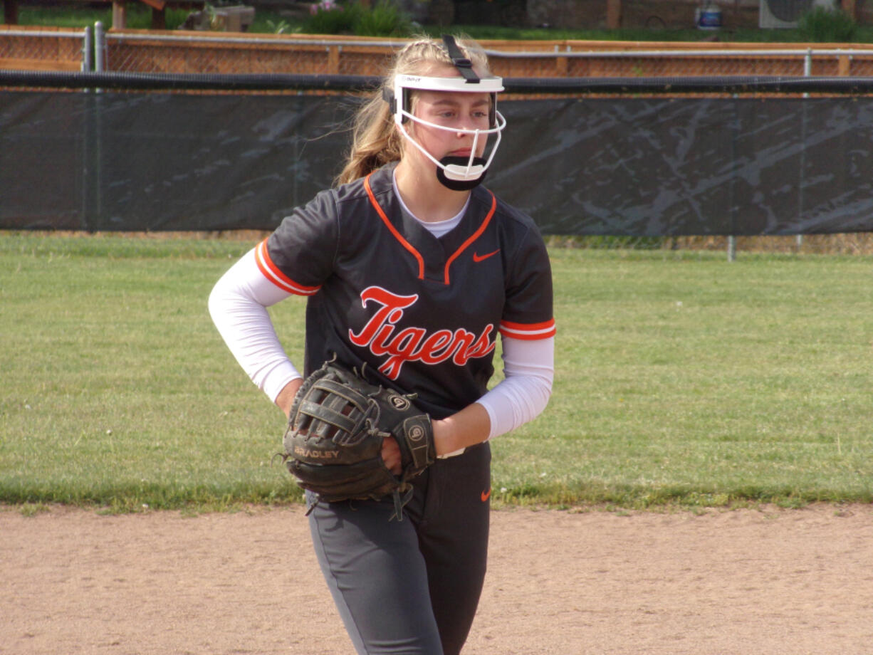 Battle Ground sophomore Rylee Rehbein threw a two-hit shutout, striking out 12 batters in a 3-0 win over Skyview on Wednesday.