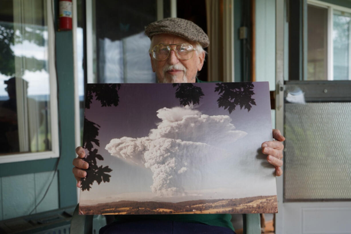 """Arzil """"Ray"""" Stone snapped photos of Mount St. Helens erupting in 1980 from his Ridgefield backyard, and he hasn't shared with them with the general public until now."""