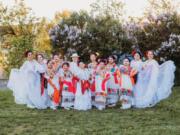 "FOURTH PLAIN VILLAGE: Traditional Mexican folk dance group Vancouver Ballet Folklorico recently started holding its ""Espacio de Arte en el Parque"" at Evergreen Park."