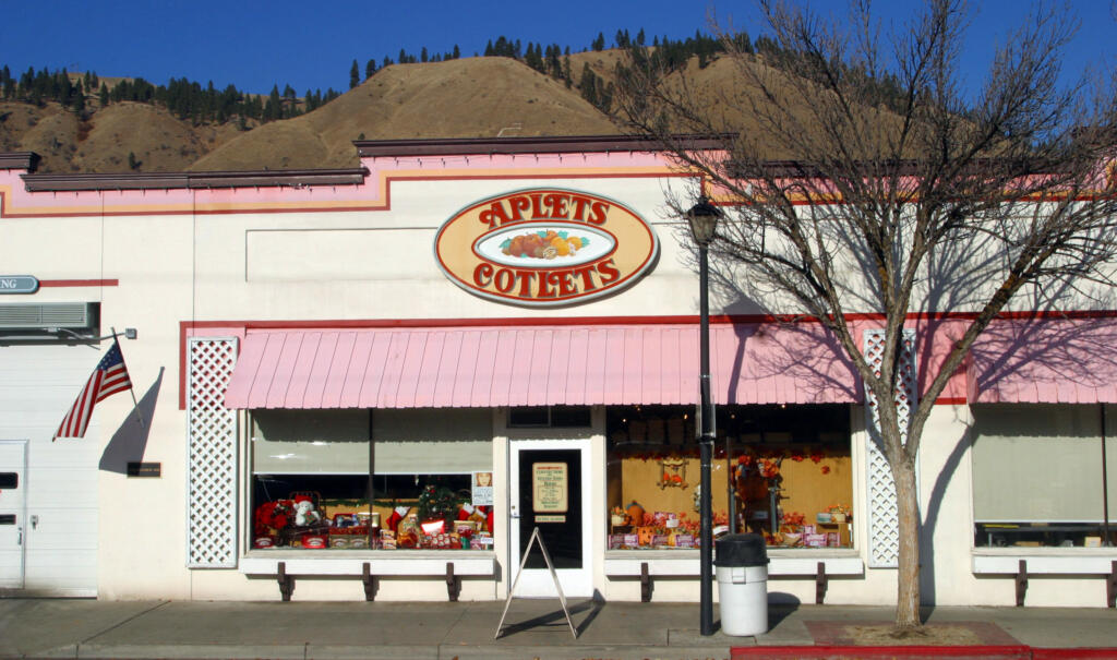 Liberty Orchards, the maker of Aplets and Cotlets fruit candies, is in the small town of Cashmere.