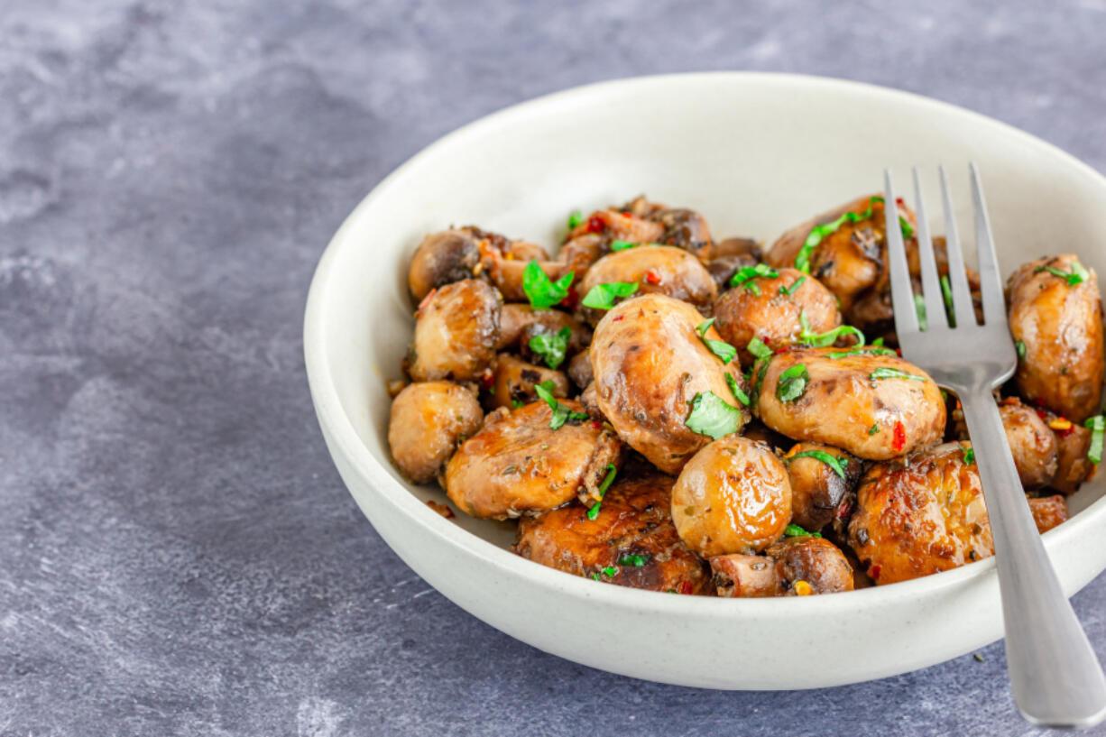 Marinated mushrooms (iStock.com)